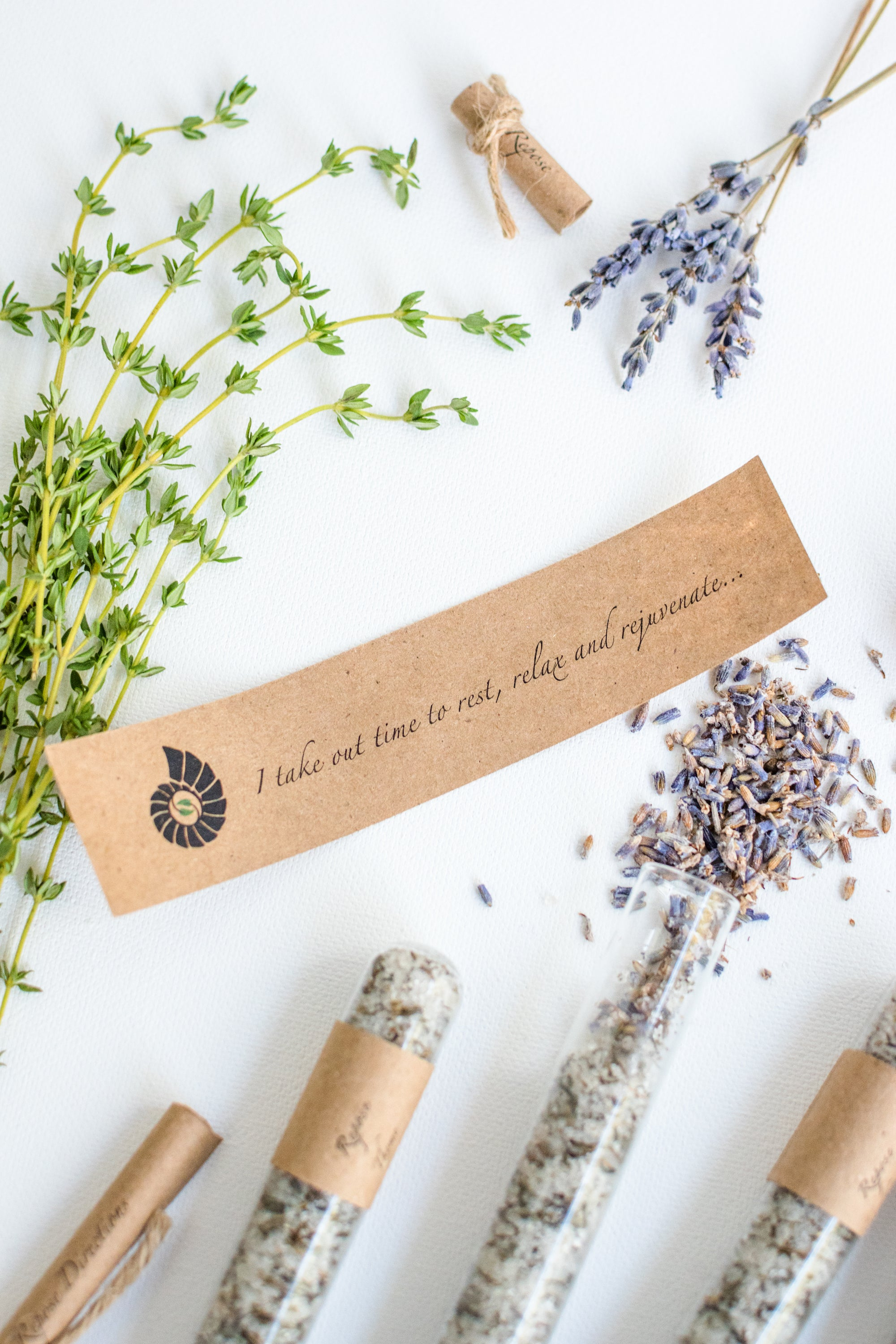 Truly Aesthetic Repose Thyme Lavender Bath Affirmations Bath Salts and Positive Affirmation Close Up
