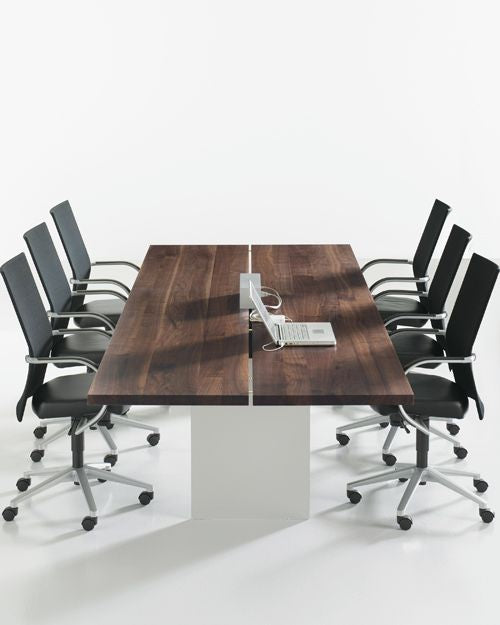 how to choose a boardroom table