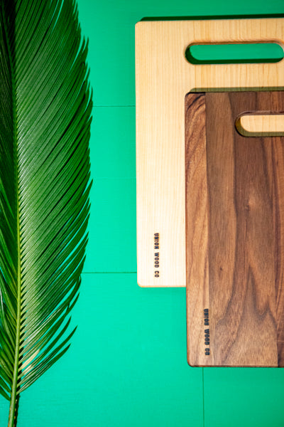 light and dark cutting boards