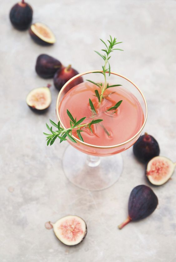 5 Delicious Spring Cocktails to Kick Start Your Weekend