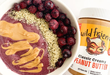 FRUITY PEANUT BUTTER SMOOTHIE BOWL