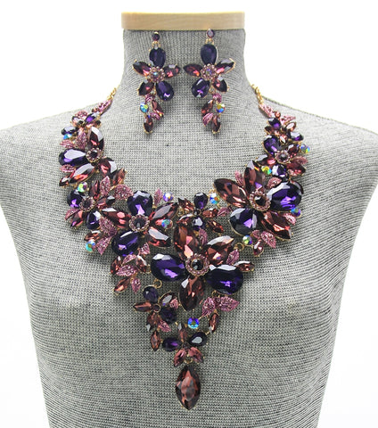 Statement Marquis Floral Bib Necklace Set- Gold