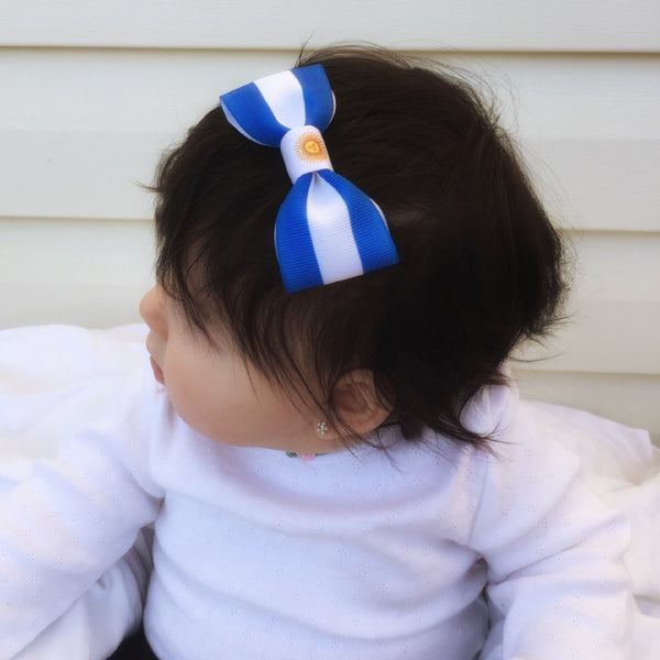 Baby with Argentina flag hair bow
