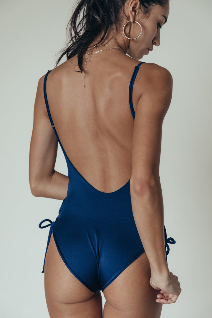 luli one piece in moon light