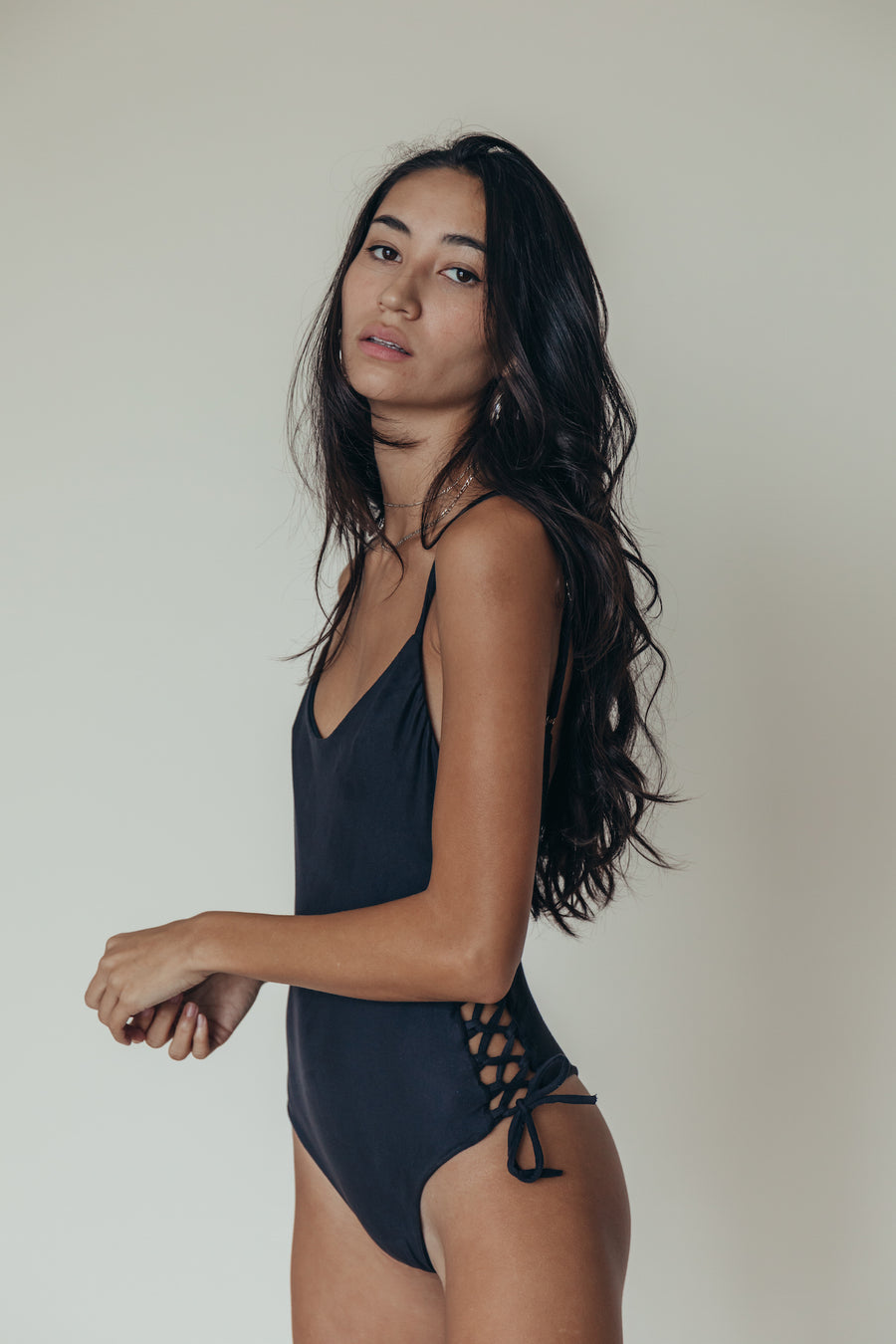 luli one piece in noir