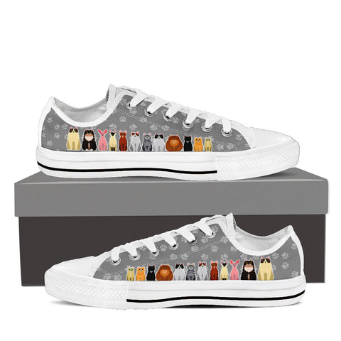 Women's Cartoon Cats Custom Designed Low Top Canvas Shoes In White