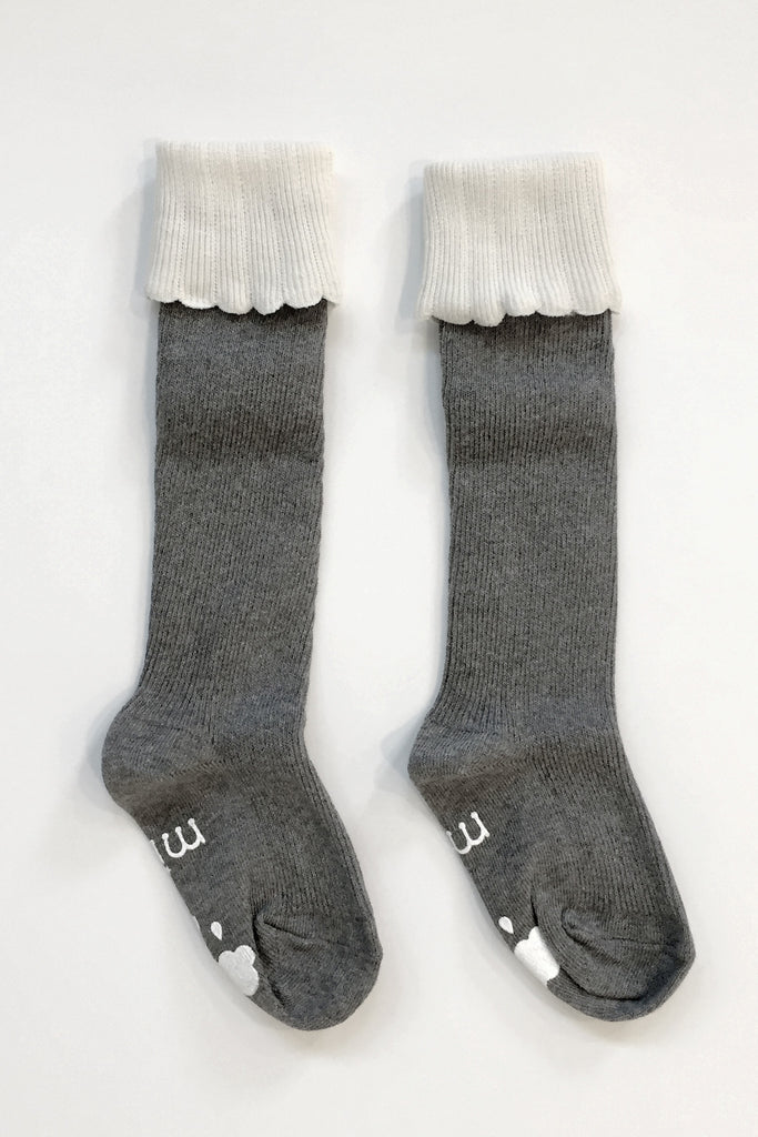 Julia Grey Knee High Cupcake Socks