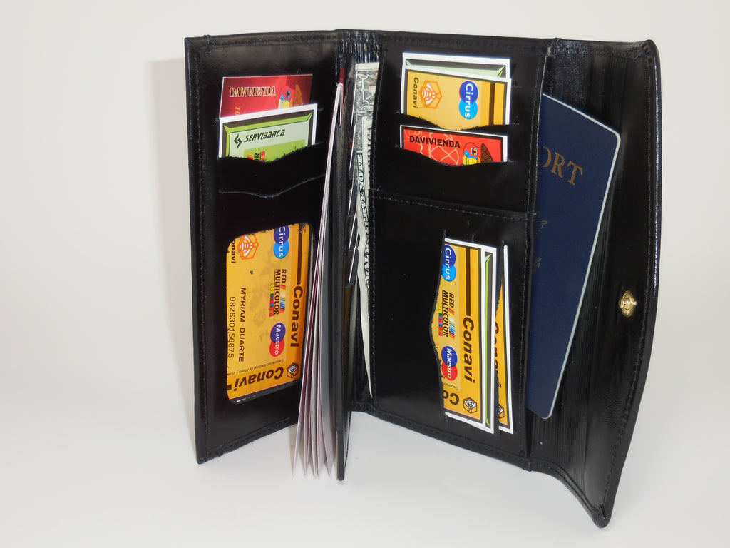 Checkbook Wallets