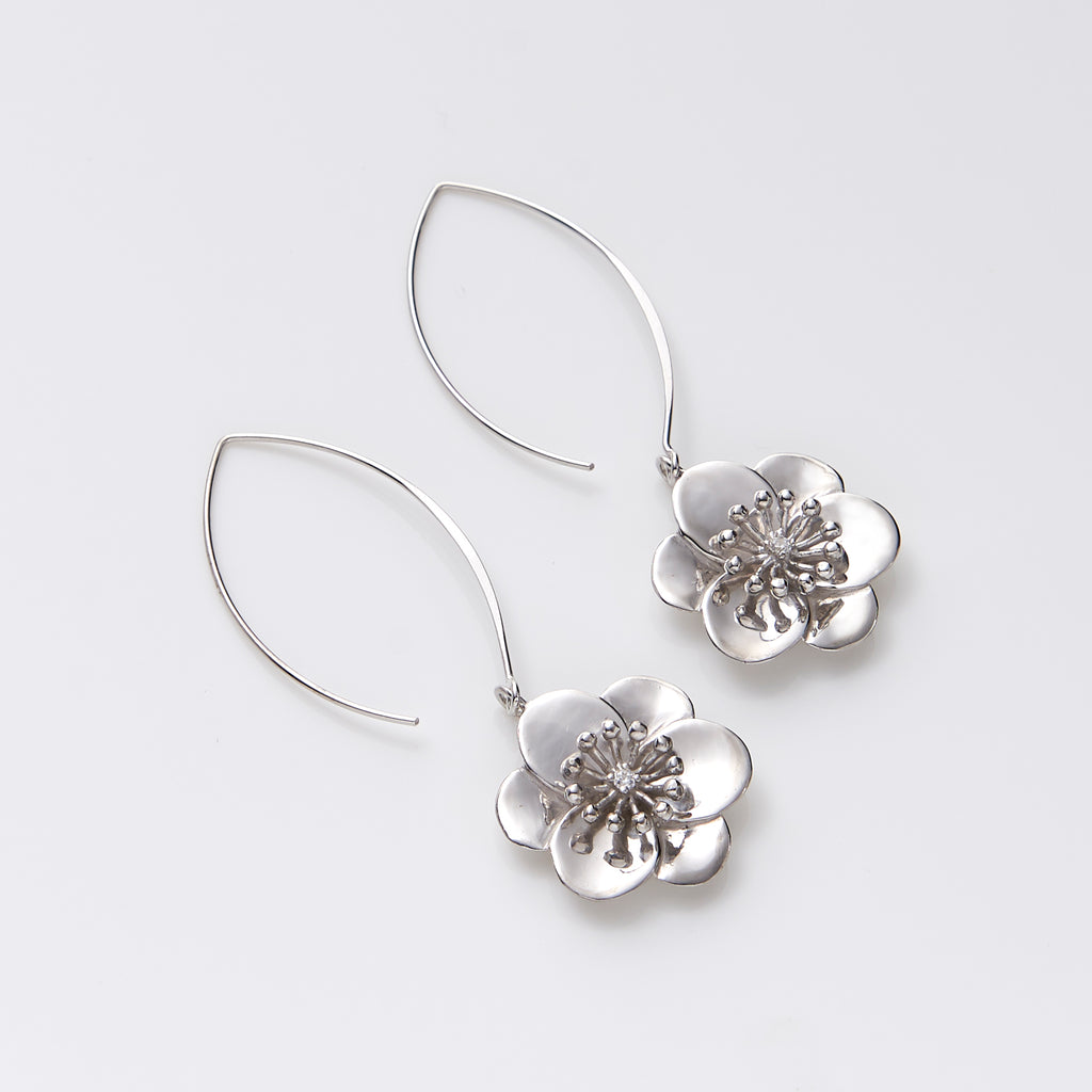 Plum Blossom Wire Earrings