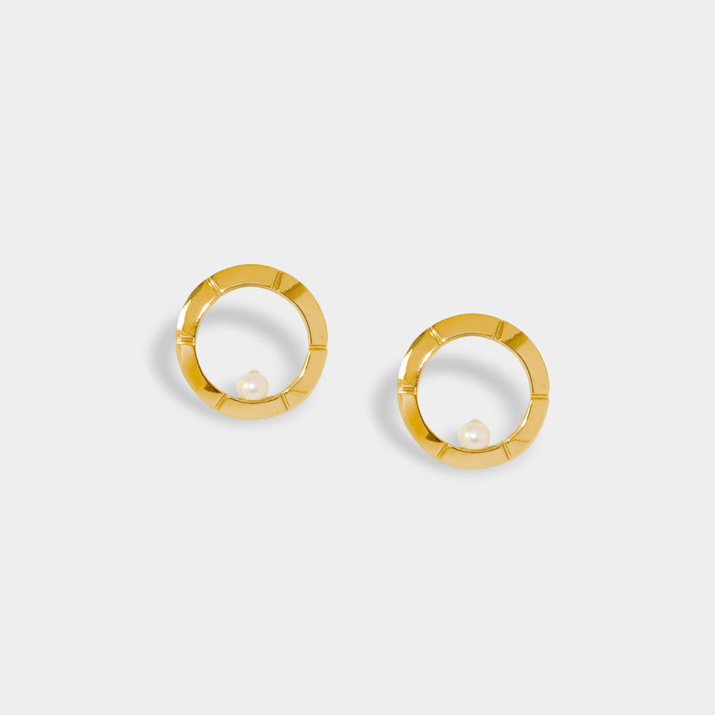 Classic Aureole Frame Earrings