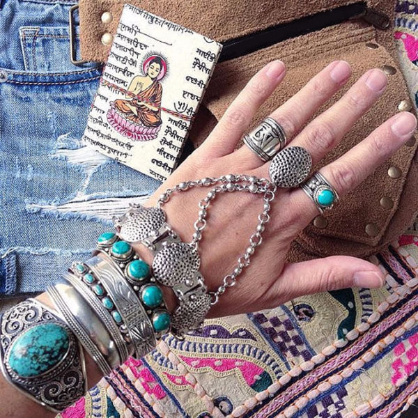 Boho Vintage Silver Oval Metal Coin Beads Chains And Ring Charms Bracelet