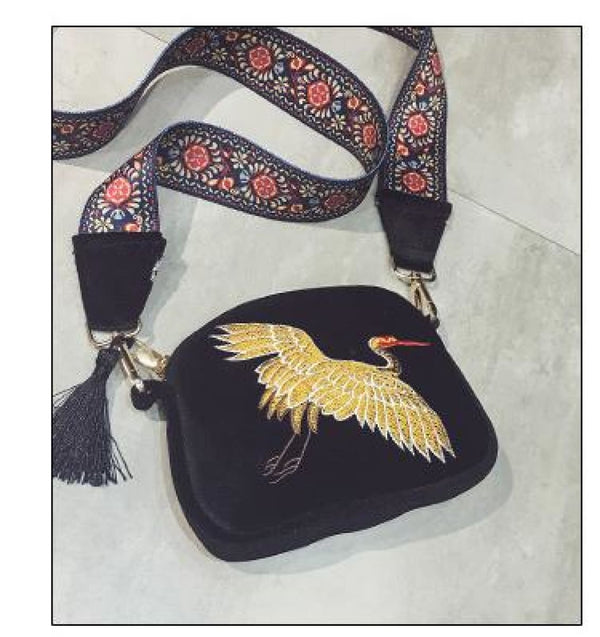 Elegant Crane Designer Velvet Embroidered Crossbody Shoulder Bag With Tassel Black / 20 X 3 X 16 Cm Crossbody Bag