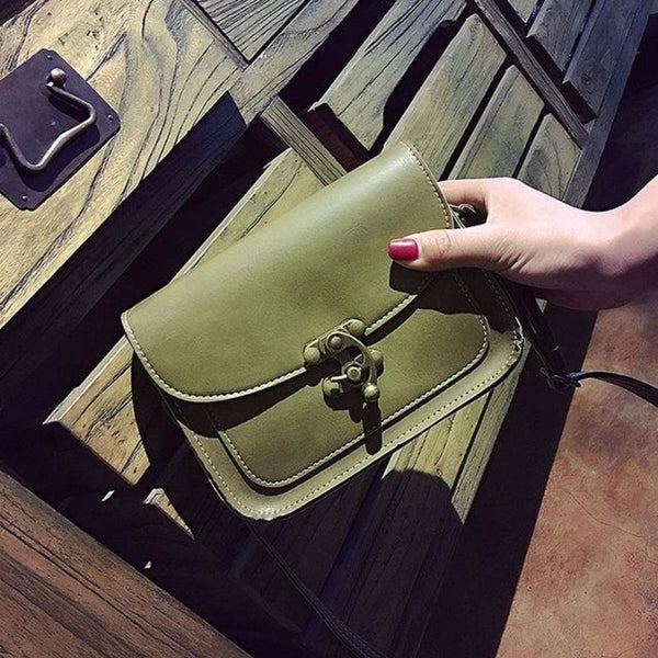 Md Vintage Lock Leather Crossbody Bag A Green / 15 X 19 X 6 Cm Leather Crossbody Bag