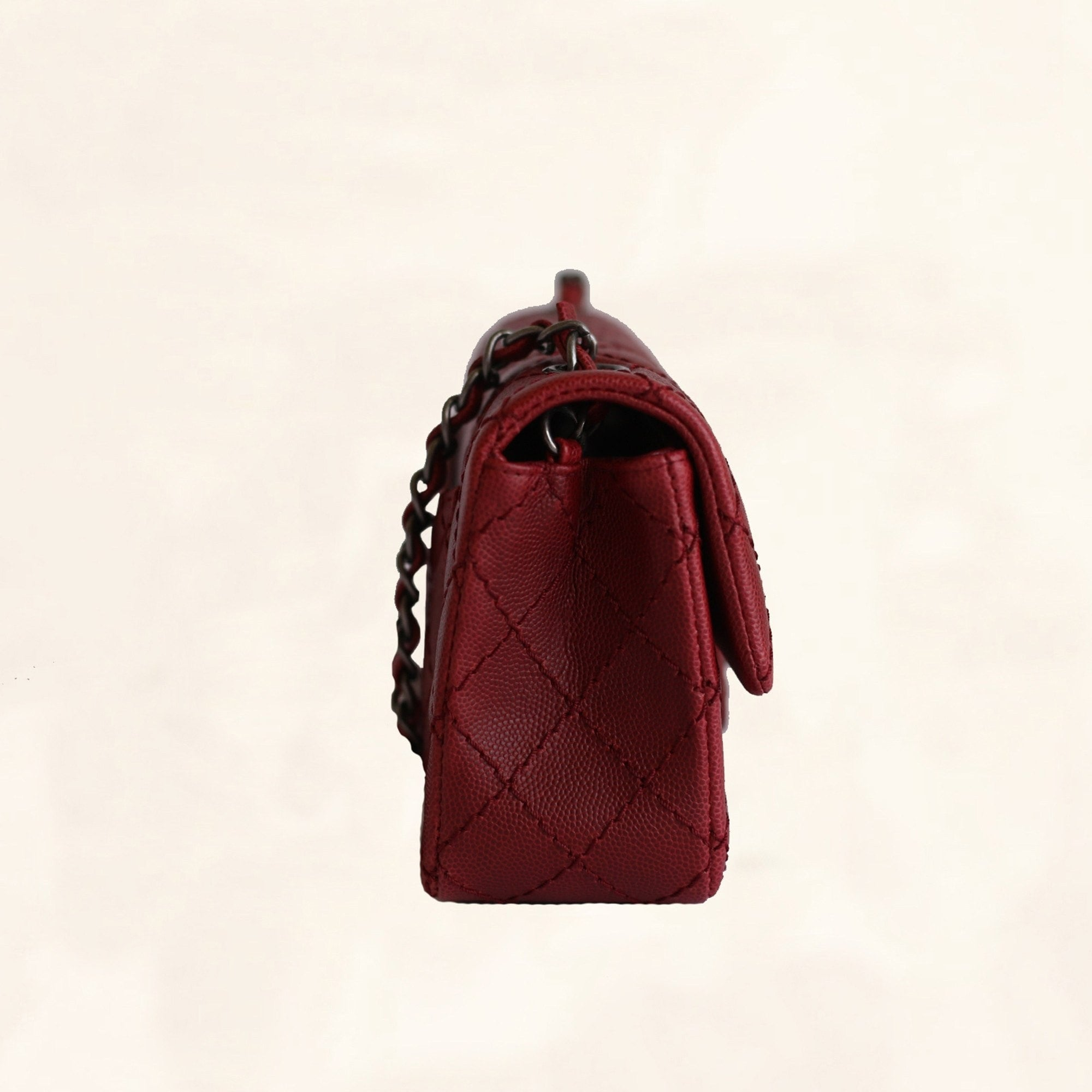 1a437504815706 Chanel | Caviar Rectangular Classic Flap in Red | Mini - The-Collectory