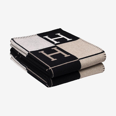 Hermes | Blanket Avalon Signature H Ecru and Noir Throw Blanket - The-Collectory