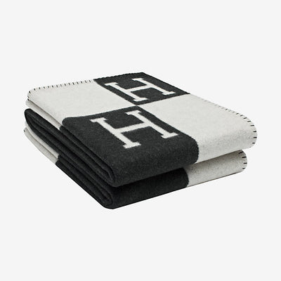 Hermes | Blanket Avalon Signature H Ecru and Gris Fonce Throw Blanket - The-Collectory