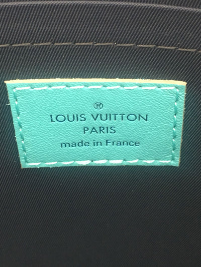 Louis Vuitton | Pacific Pochette Apollo | M63048 - The-Collectory