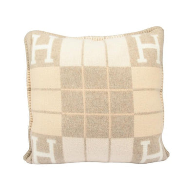 Hermes | Avalon III PM Signature H Pillow Coco and Camomille - The-Collectory