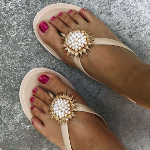 Jelly Shoes Fashion Transparent Pvc Female Flip-flops Beach Shoes Sun Flower Pearl Craft Sandals Outdoor Slippers