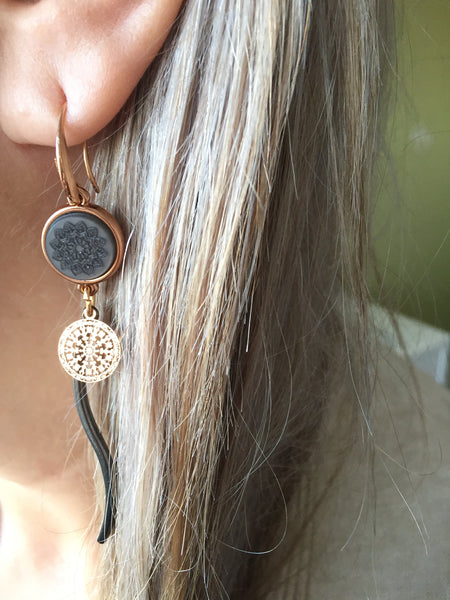 Symbola Earrings