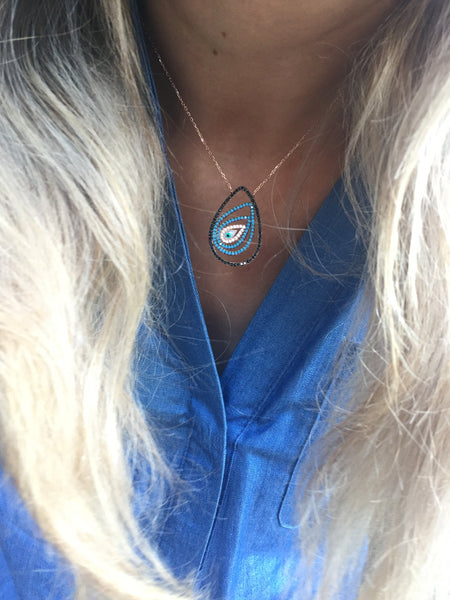 Mysterious Eyes Necklace