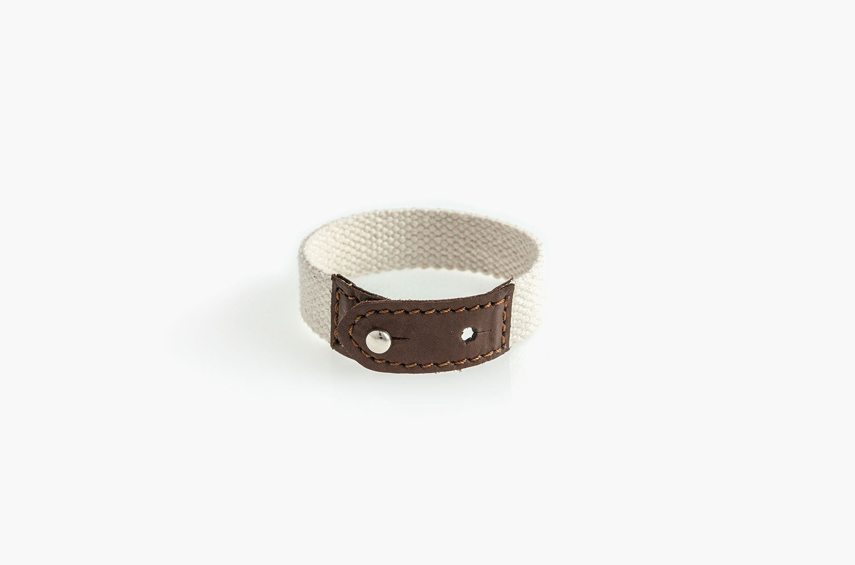 Leather and white cotton canvas stud bracelet