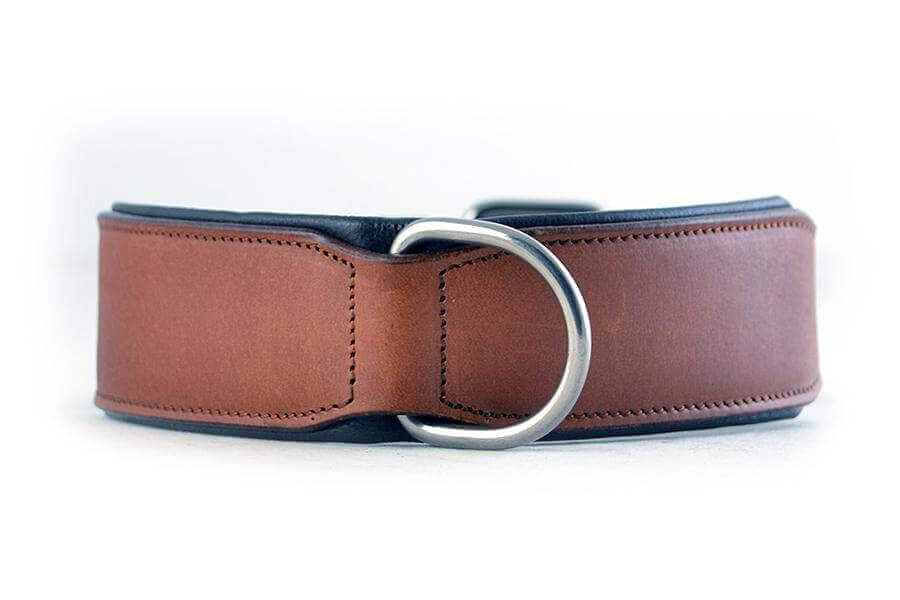 ecf7f43ead0c Side view of our handmade brown leather dog collar. Full padded for you dogs  comfort