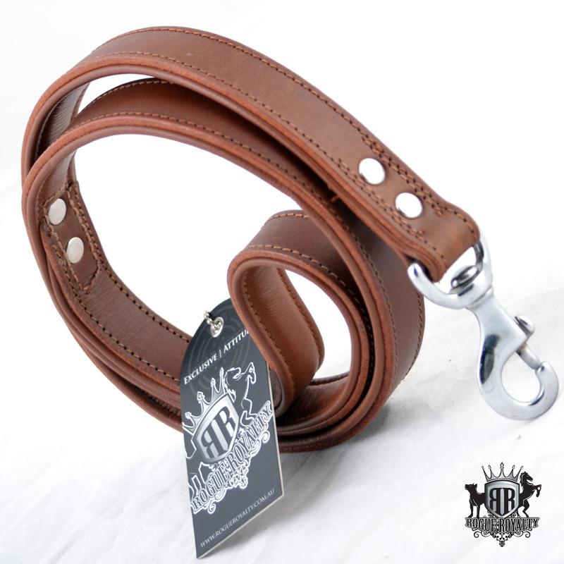 Side view of our plain brown handmade leather dog leash. Stainless steel fittings. Guaranteed to last 10 years!