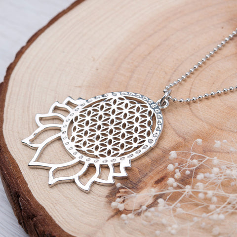 Handmade Flower of Life Necklace Silver Tone Color Hollow Carved Summer Fashion Jewelry 58.5cm 1Piece