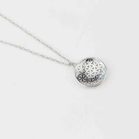 CLASSICAL SILVER PALTED FLOWER OF LIFE KABBALAH ROUND PENDANT NECKLACE