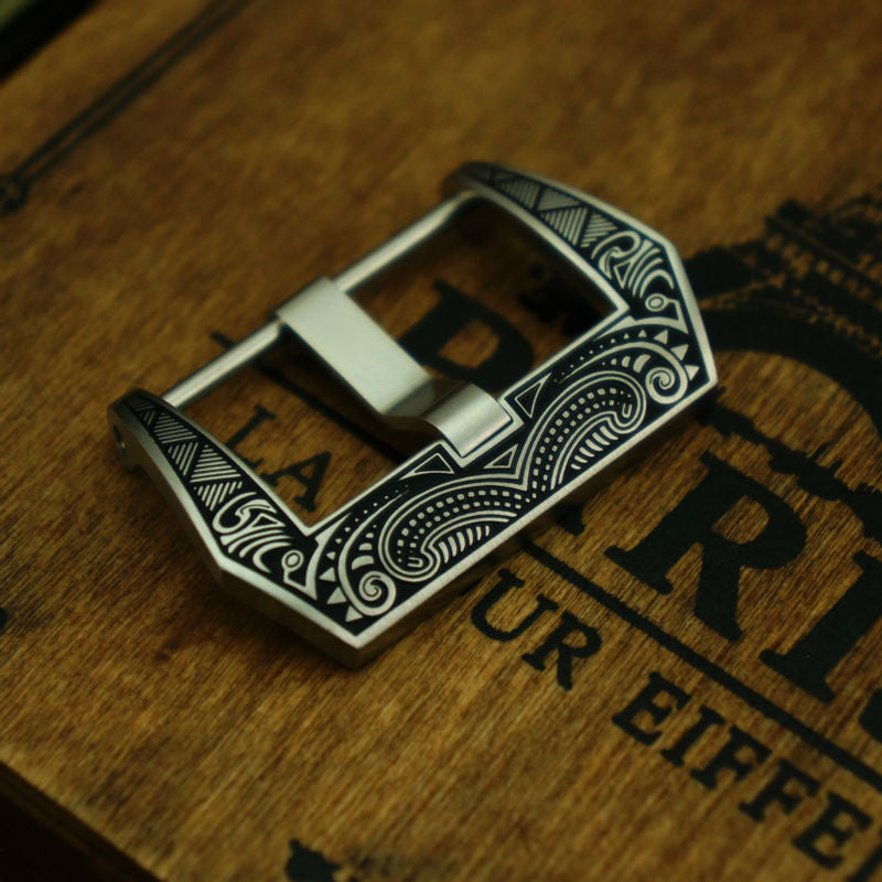 Panerai style Buckle with Maori style engraving - StrapMeister