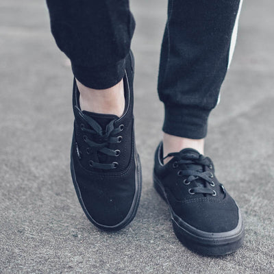VANS Womens Era Black on Black