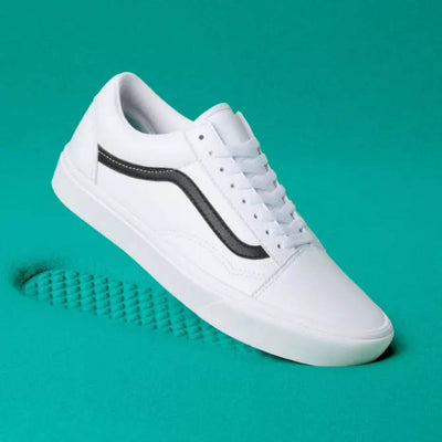 VANS Womens Old Skool White Leather ComfyCush