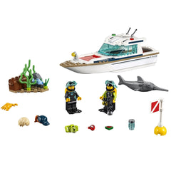 LEGO City Diving Yacht 60221 2