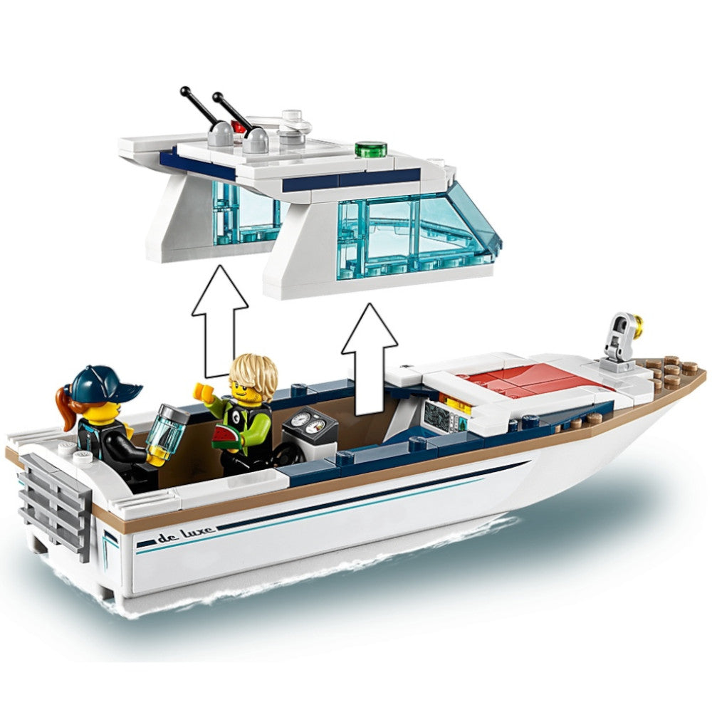 LEGO City Diving Yacht 60221 1