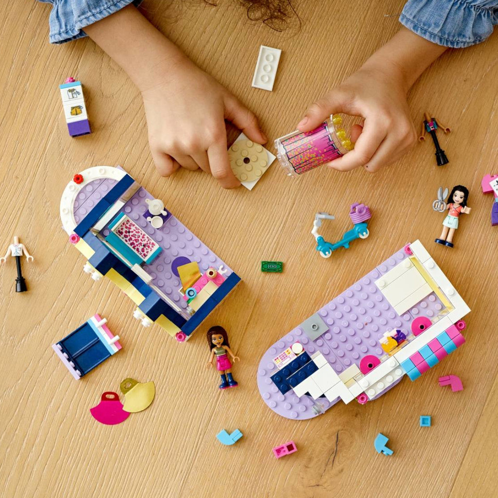 LEGO Friends Emma's Fashion Shop 41427 3