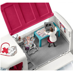 Schleich Mobile Vet with Hanoverian Foal 5
