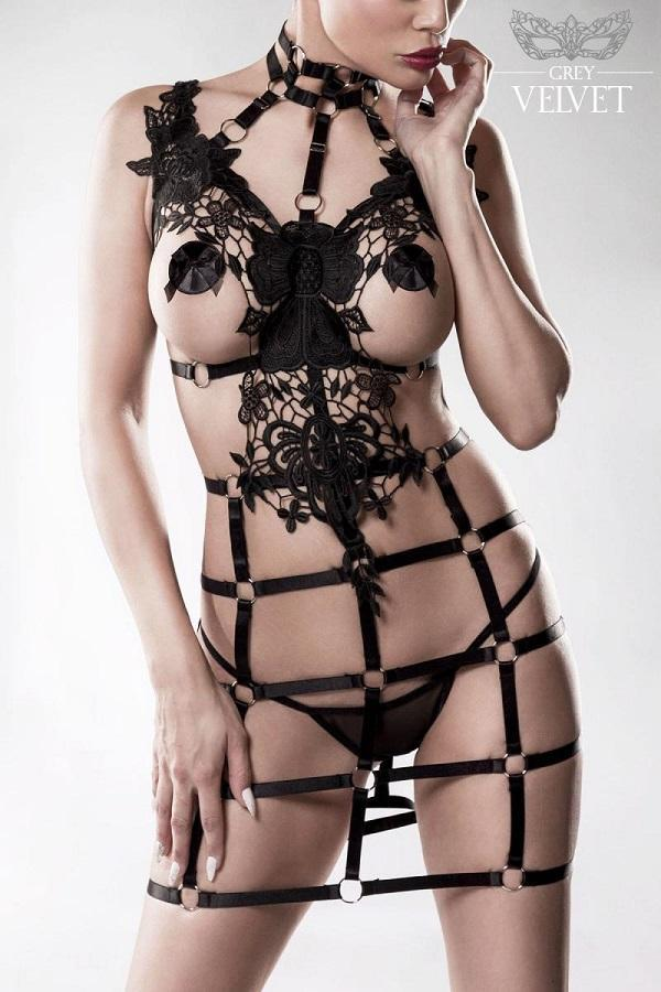 Harness Set with Lace