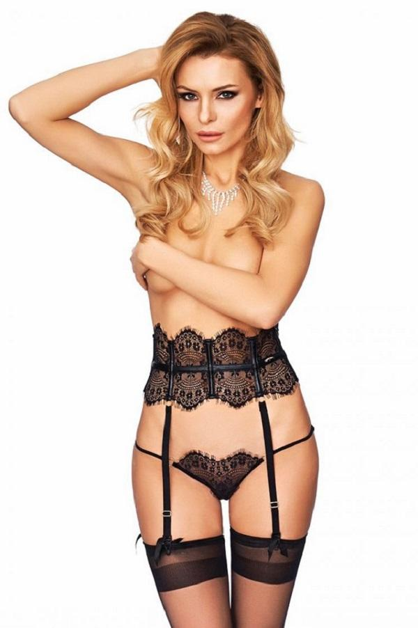 Garter Belt and Stockings Campana