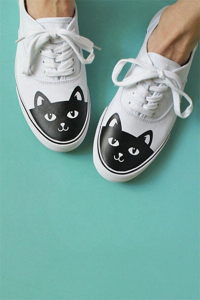DIY Vinyl Transfer Black Cat Shoes