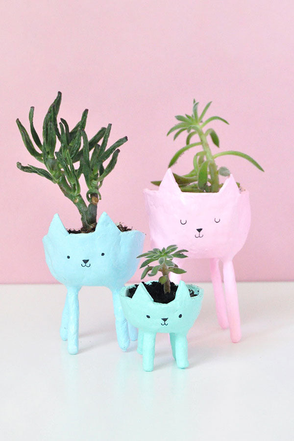 DIY Clay Cat Planters, perfect for plants, succulents and cacti