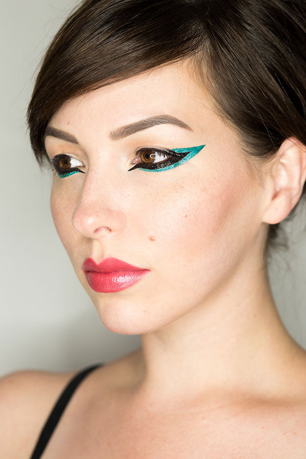 20 Different Eyeliner Styles with Urban Decay Razor Sharp Liquid Eyeliner by Keiko Lynn
