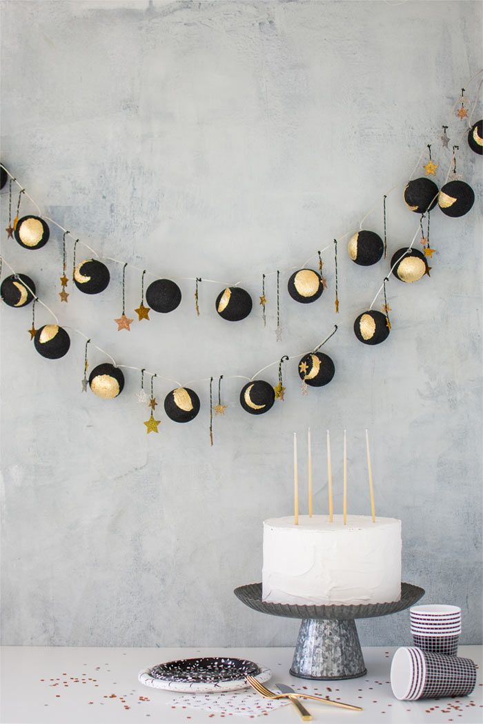 Moon Phase Light Garland