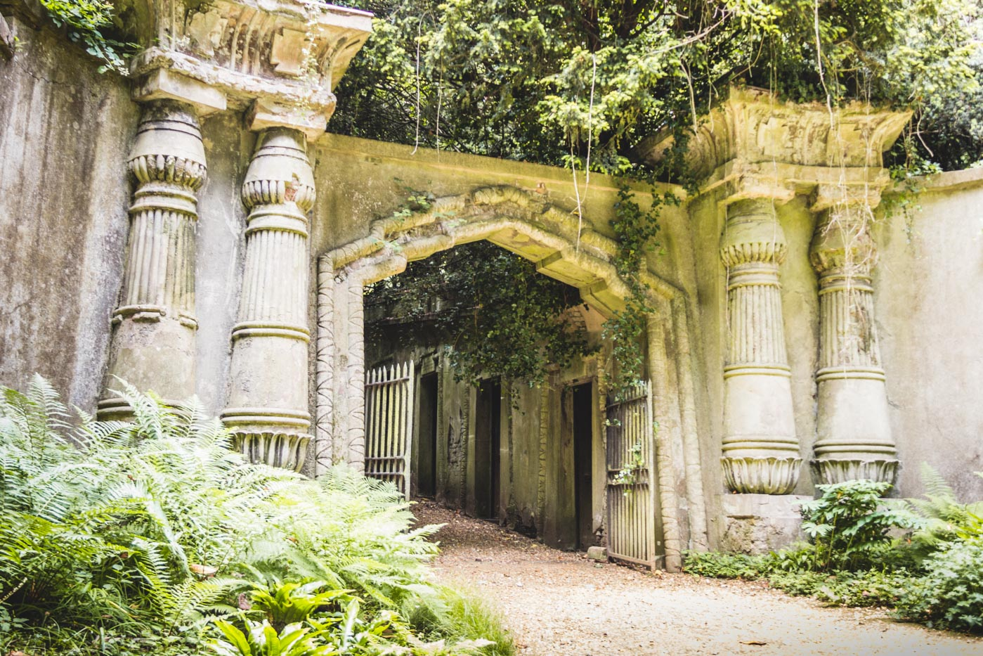 Highgate Cemetery, West Cemetery - The Egyptian Gateway