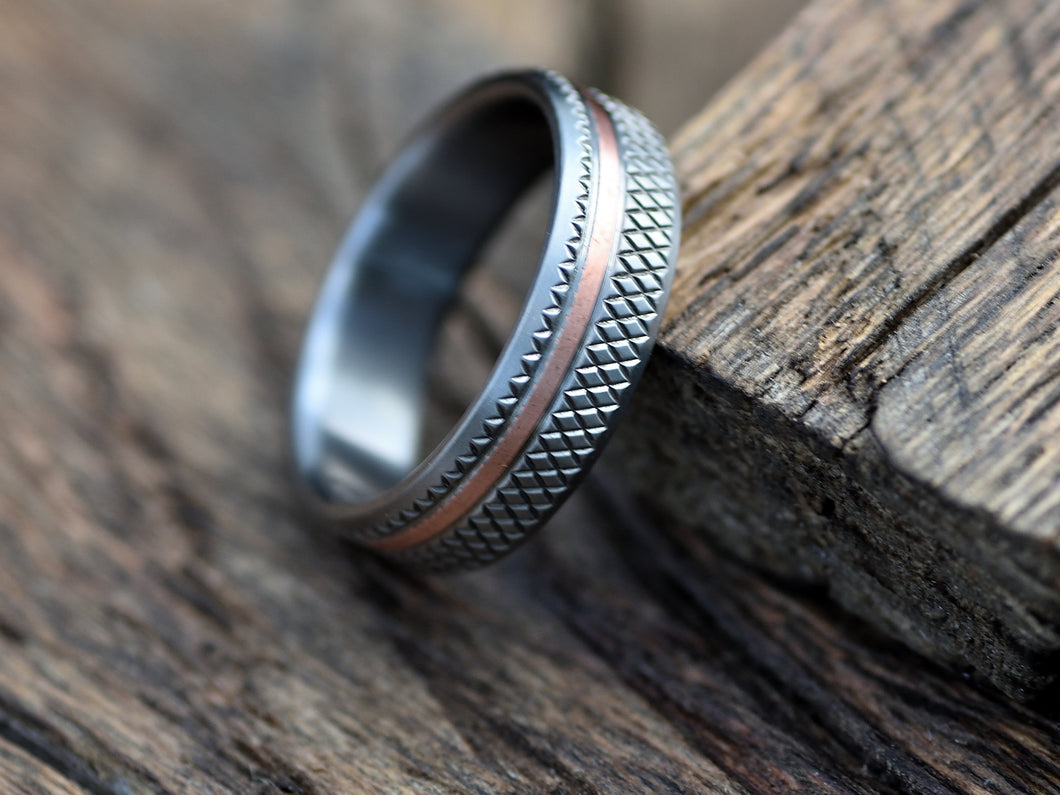 Titan (Bright) - Titanium and Copper Inlay Men's Wedding Band