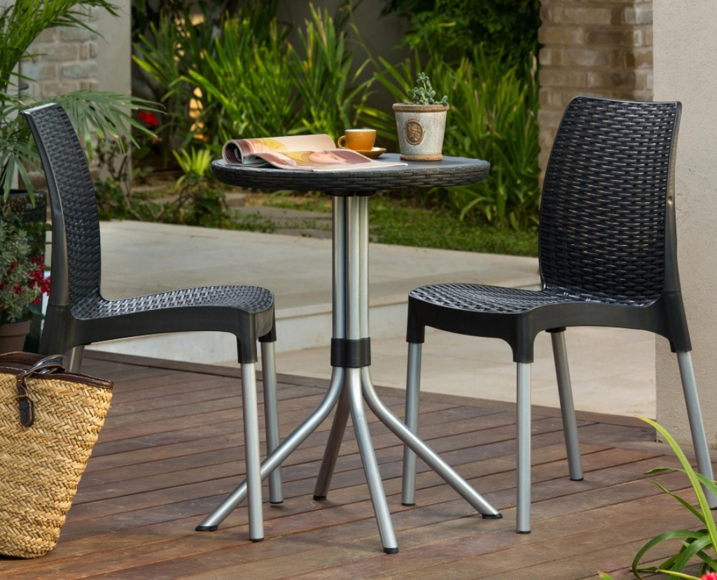 3 Piece Wicker Patio Bistro Set - Christian's Table