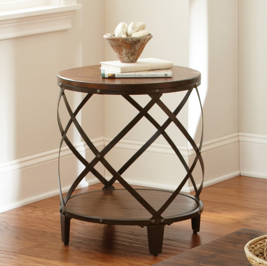 Etonnant Distressed Wood End Table