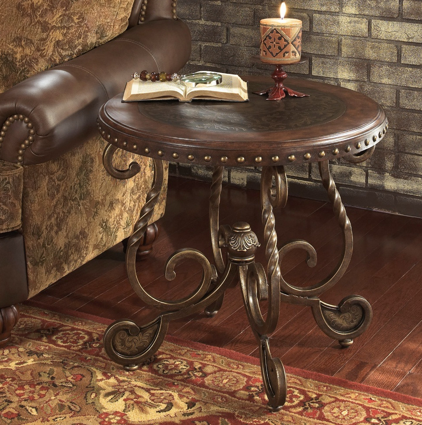 Rustic Round End Table - Christian's Table