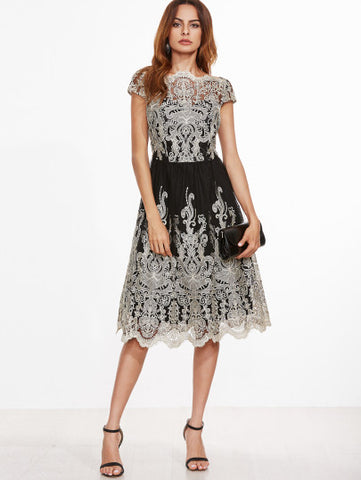 Black and White Contrast Fit And Flare Embroidered Cap Sleeve Knee Length Elegant Dress