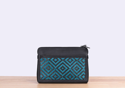 Bamboo Clutch (Black-Navy)